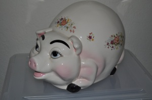 Age Group Piggy Bank Prize