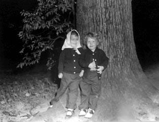Sandy & her sister Penny circa 1954 Photo by Joe M. Douglas