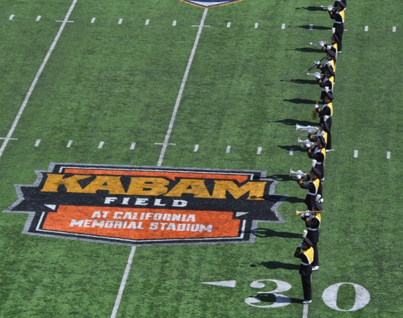 Cal v. Sacramento State 140906 4 Band and North End Kabam Logo