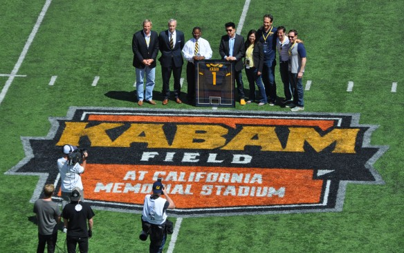 Cal v. Sacramento State 140906 49 Kabam Presentation After 1st Quarter at Kabam North End Logo 8
