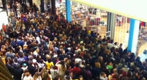 Black Friday Shopping Crowd 2