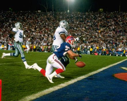 Don Beebe strips the ball from Leon Lett.jpg